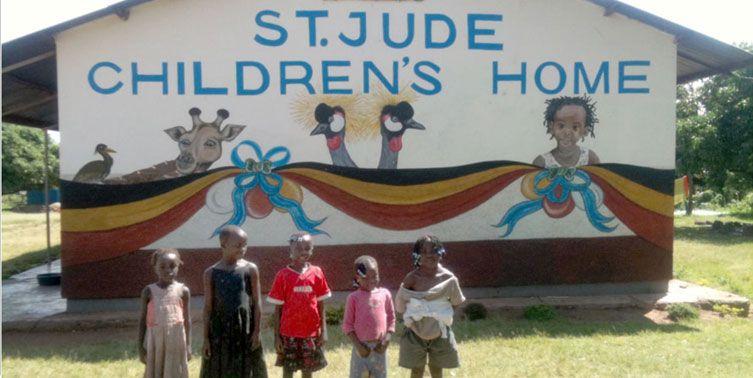 Feliz Navidad Uganda St Jude FIVMadrid